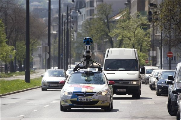 google-street-auto