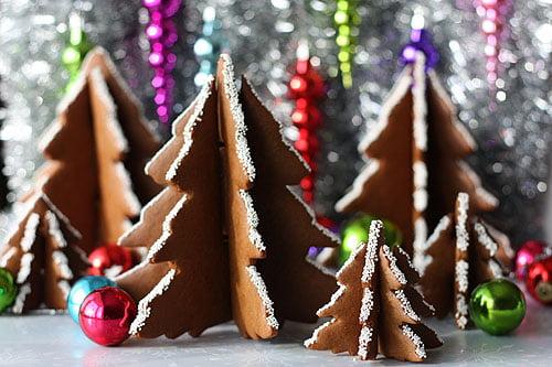 3dgingerbreadcookietree1