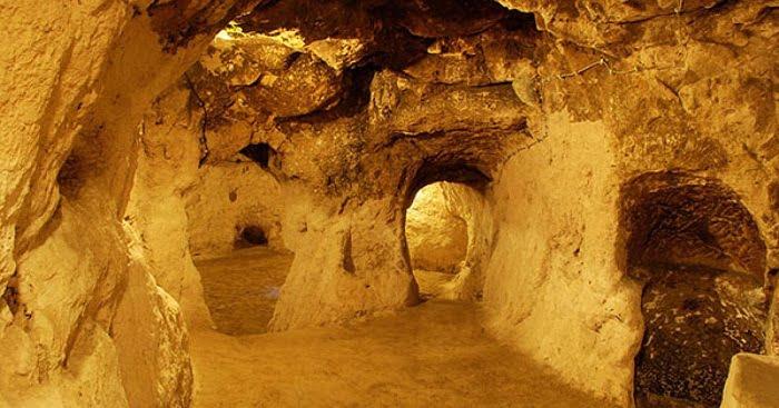 Fel akarta újítani a lakását, miközben az egyik legizgalmasabb föld alatti városra bukkant!