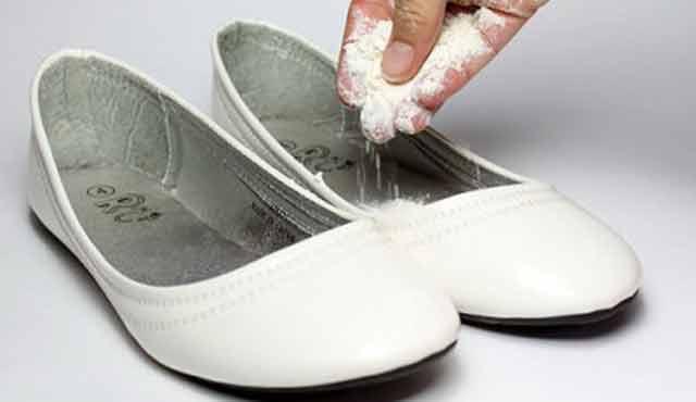 Így szabadulhatunk meg a cipők kellemetlen szagától