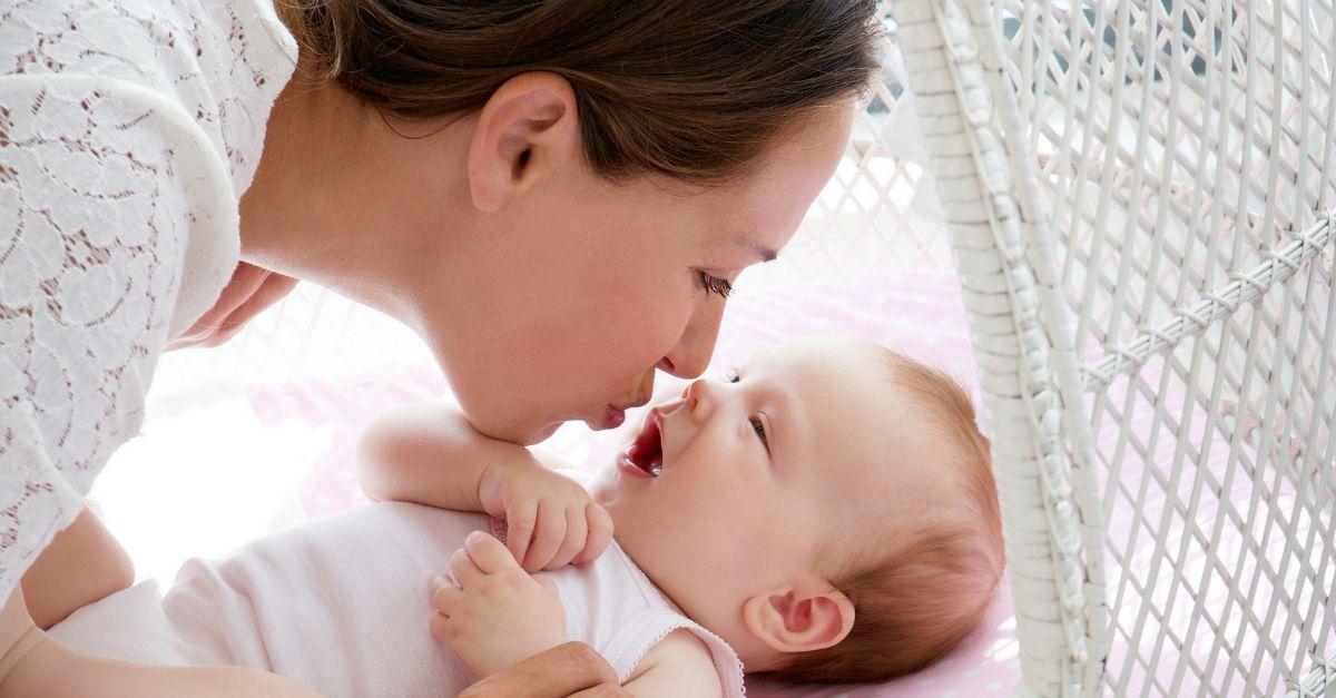 Sokan szájon puszilják gyereküket. Szerinted ez rendben van így?