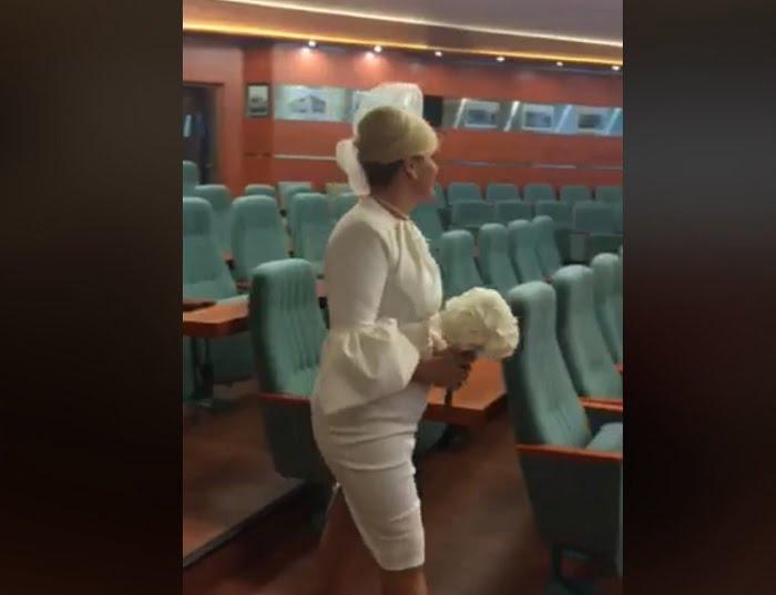 Videónk van Liptai Claudia polgári esküvőjéről
