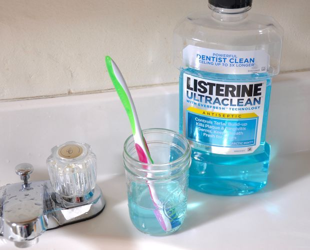 A szájvíz nem csak a száj fertőtlenítésére szolgál! Íme, 9 dolog, ahol még hasznát veheted a terméknek!