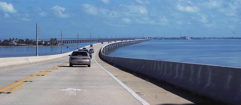A világhírű autópálya, amely számos filmben szerepelt és, amit neked is látnod kell egyszer az életben
