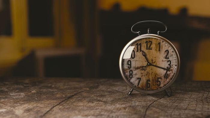 Megvan a menetrend: ekkor kell majd utoljára átállítani az óránkat