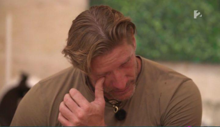 Kamerák előtt sírta el magát Pintér Tibor, mert megalázták