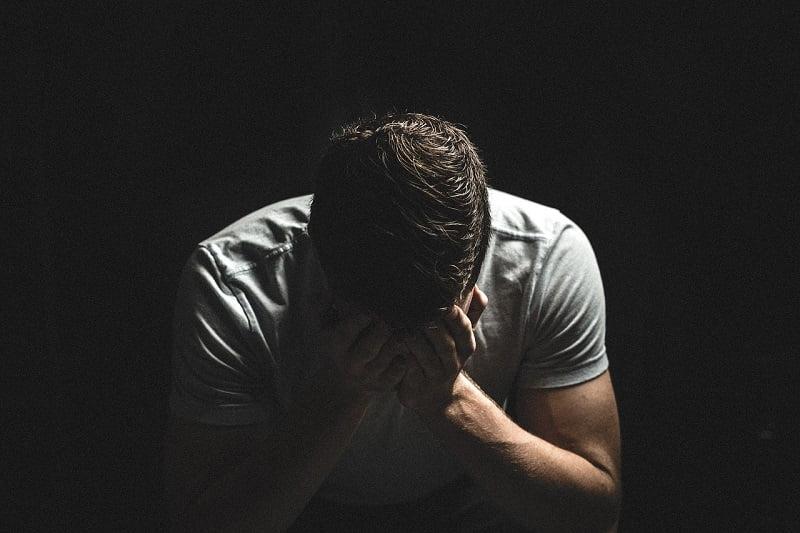 Küzdd le a szorongást: 5 elmenyugtató módszer, amelyet érdemes kipróbálnod!