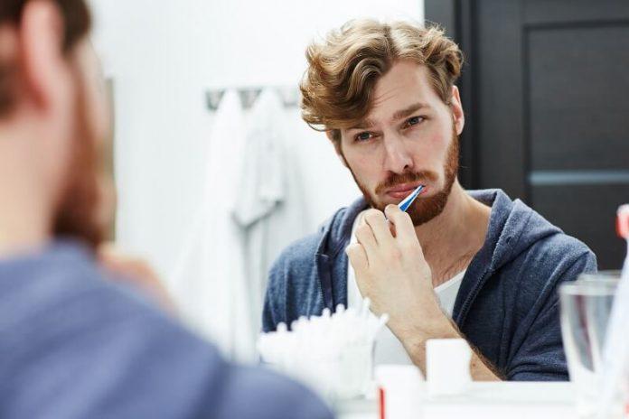 A szakember szerint hatalmas hibát követsz el, ha evés után azonnal fogat mosol