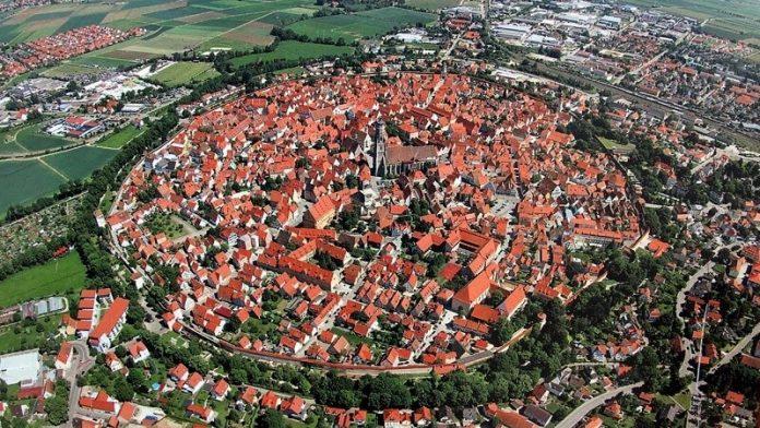 A város, amely 72.000 tonna gyémántra épült