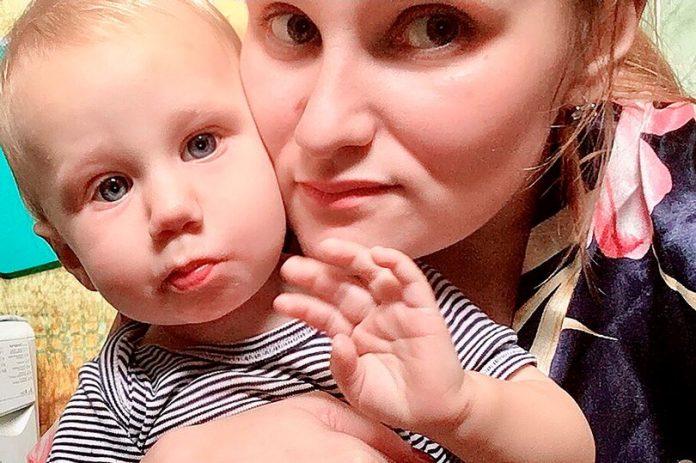 Éhen halt a 11 hónapos kisfiú, akit az anyja négy napig magára hagyott, hogy inni mehessen a barátaival