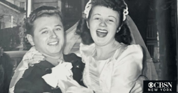 A lányok azokból az ejtőernyőkből varrták a menyasszonyi ruhájukat, amelyek megmentették vőlegényeik életét