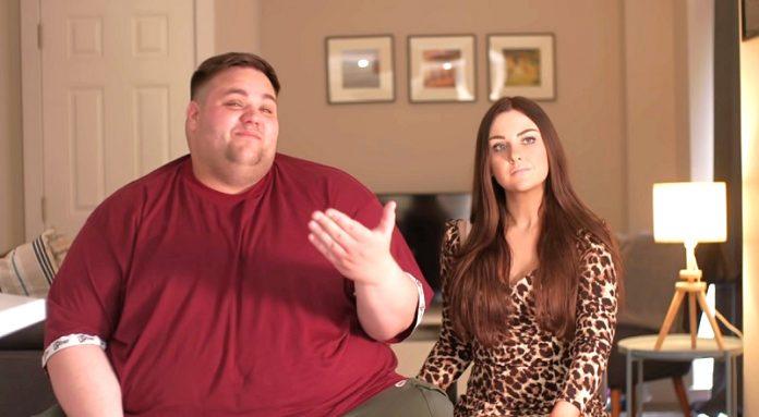"""""""Megítélnek minket, mert a párom kövér"""" - sokan bántják a vékony nőt """"nagydarab"""" pasija miatt"""